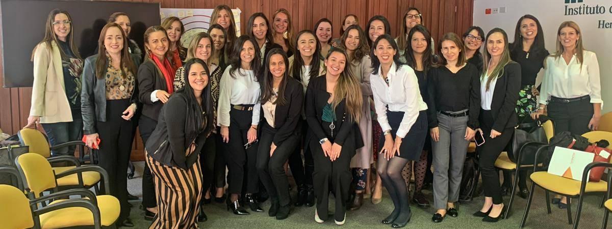 Primera reunión de redes de mujeres del sector minero-energético